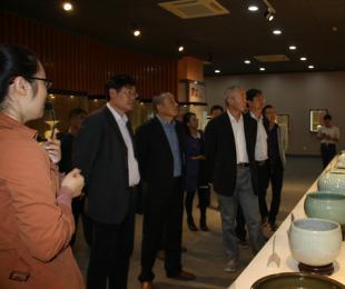 安徽省巢湖市政协一行莅临中国陶都陶瓷城参观指导